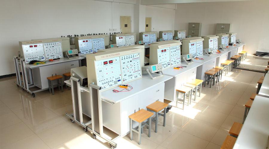 电子实验室二